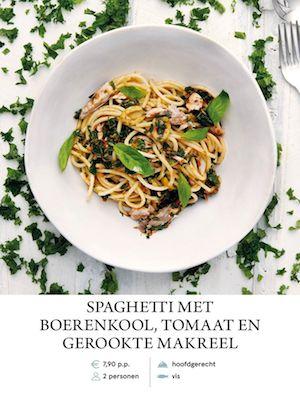 Spaghetti with kale, tomato and smoked mackerel